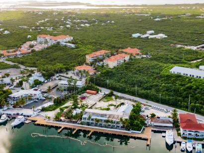 Queen Angel Resort C103